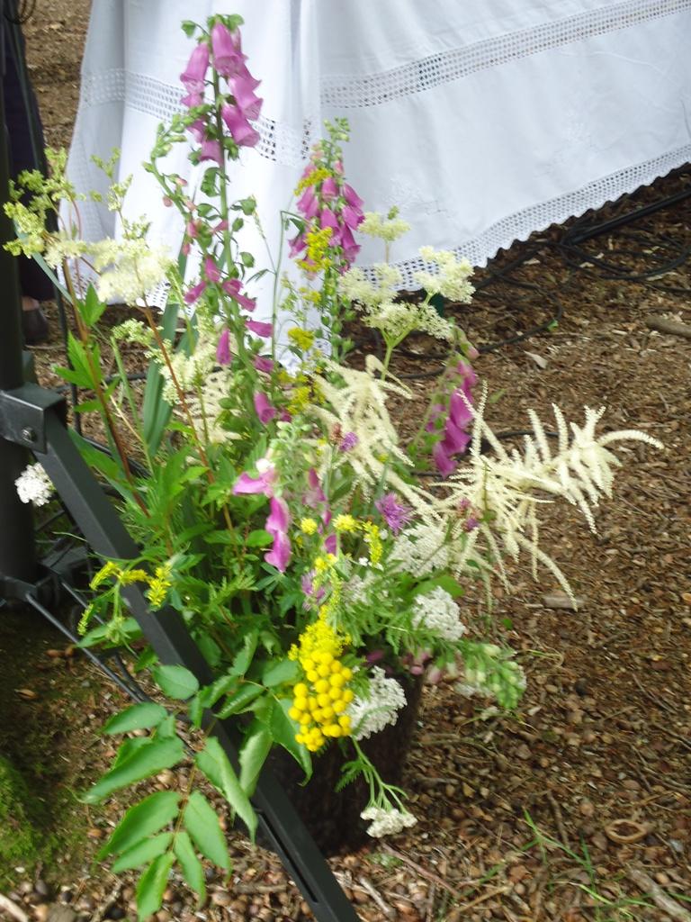 3.bouquet autel