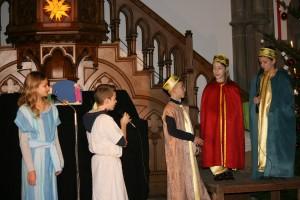 Raïcha, son fils et les rois mages